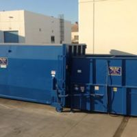 Used/reconditioned compactors and containers